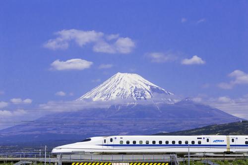 赤ちゃん・子どもと一緒に、新幹線での移動も楽しくするコツ♪のタイトル画像