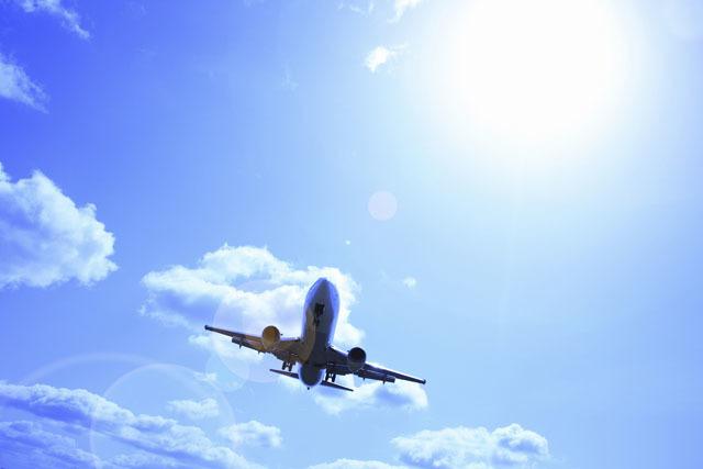 赤ちゃんと初めての飛行機、覚えておくと便利なポイント3つ【国内編】の画像1