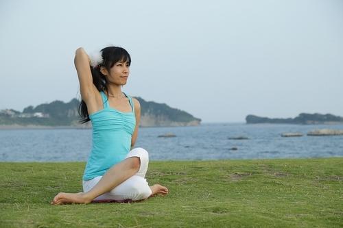 育児ストレスに強くなる!ヨガ的瞑想法のすすめのタイトル画像