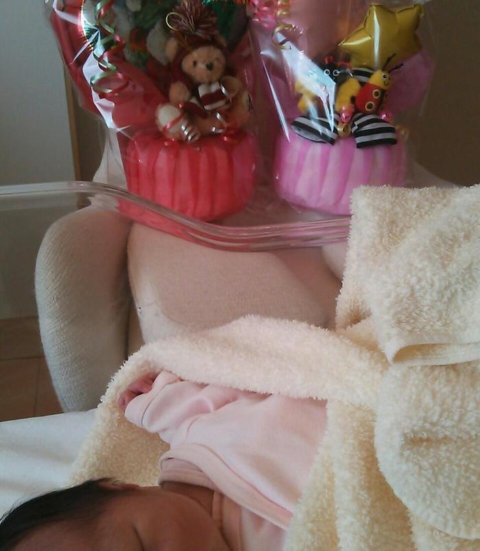 産後いち早く「おめでとう」を伝えることができる贈り物の画像2