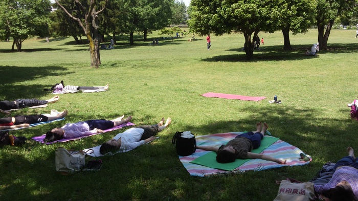 心も体もリラックス♪ヨガ呼吸瞑想で疲れをリセットしようの画像3