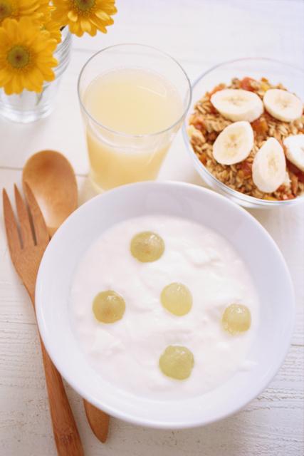 【スタバ新作】ぜったい食べたいヨーグルトフラペチーノ♡子どもも大好きなヨーグルト味♡のタイトル画像