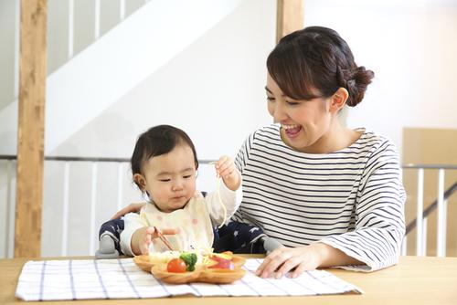 子どもと一緒に楽しめる親子カフェ!八王子のおもちゃカフェdattochiのタイトル画像