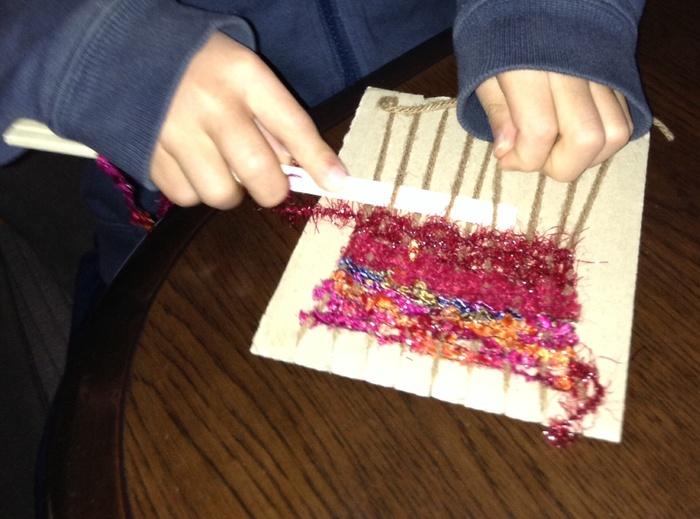 毛糸で簡単にコースターが作れちゃう!子どもと一緒に挑戦しよう♪の画像3