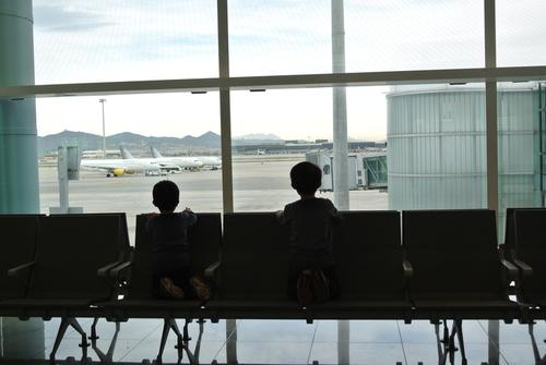"""「旅行計画のコツは、予約サイトを""""見ない""""こと」今年の夏は、子どもと旅に出よう!のタイトル画像"""