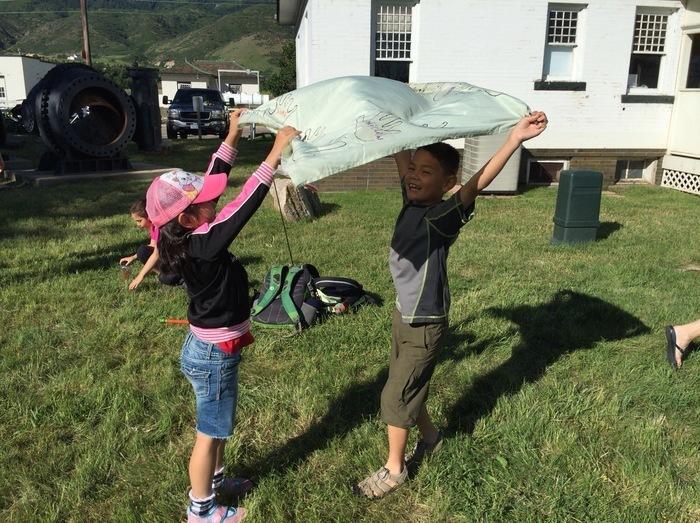【幼児教育】英語学習に8歳の娘とアメリカでアウトドアサマープログラムに参加!充実の沼地探検とは?の画像1