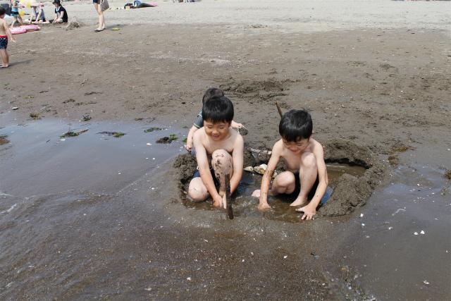 小さな子の海遊びデビューは「砂浜遊び」がオススメ!の画像2