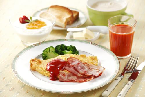 子どもの「お腹減った!」の声に応える。すぐにできる朝ごはん簡単レシピのタイトル画像