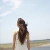 夏の紫外線から髪を守る!正しいヘアケア3つのポイントのタイトル画像