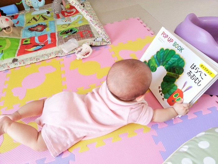いつから始める離乳食?離乳食を始めるタイミングはどうやって決める?の画像2