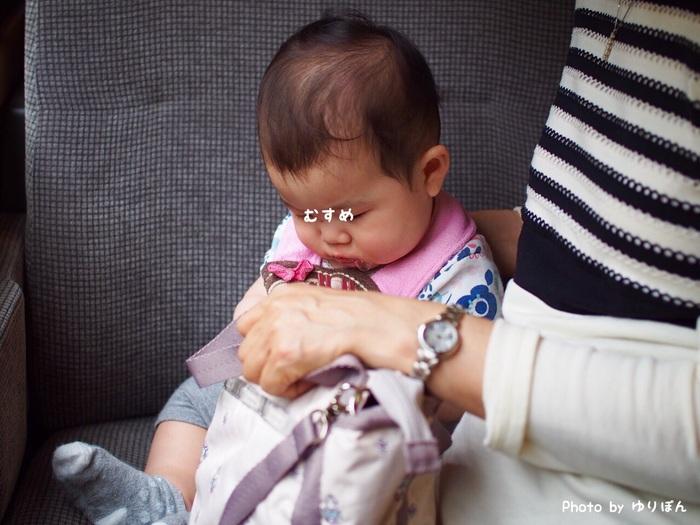 7ヶ月の娘を連れて初めての家族旅行。列車移動の必需品はおもちゃと抱っこひも!の画像3