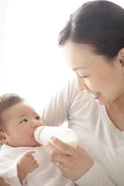 完全母乳がすべてじゃない!大丈夫、少しでも母乳を与えていれば「母乳育児」なんですの画像1