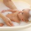 初めての沐浴はへその緒がとれてから!?ドイツの赤ちゃんお風呂事情のタイトル画像