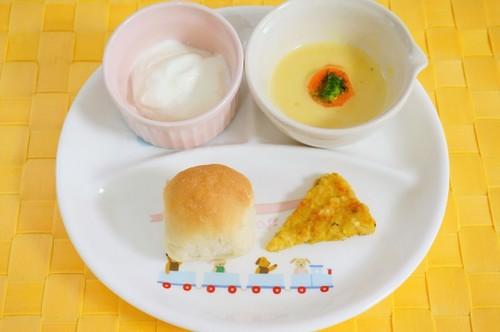 簡単に栄養満点!離乳食にオートミールをとりいれようのタイトル画像