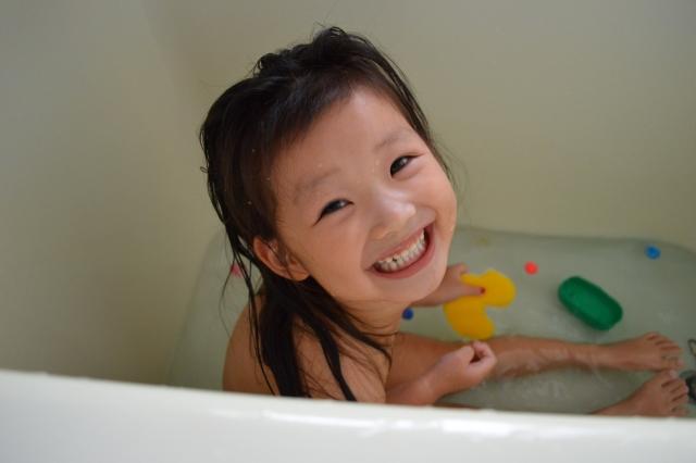 子どもの想像力が爆発する?!親子で楽しいお風呂タイムになる遊び方の画像2