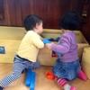 子ども同士のおもちゃの取り合い!どんな風に対応したらいいの?のタイトル画像