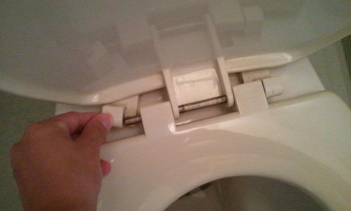 トイレトレーニングを始める前にやっておきたい!便座の丸洗い掃除5ステップの画像1