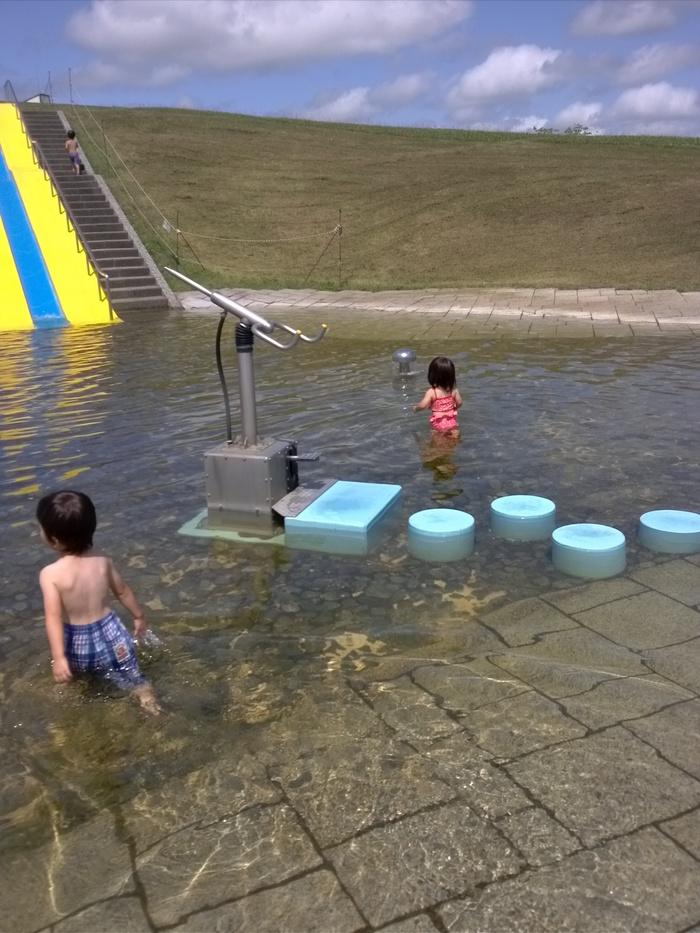夏こそ早起き!朝一番で水遊びができる公園へ行ってみよう♪の画像1