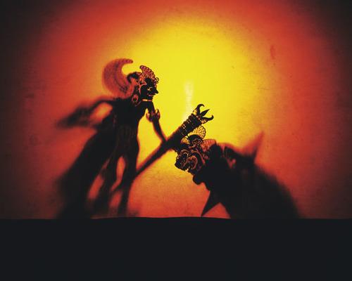 夏休みこそ親子で芸術に触れよう!人形劇観劇体験談のタイトル画像