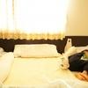 我が家の寝かしつけ体験談!抱っこをやめて添い寝での寝かしつけにしてみた結果のタイトル画像