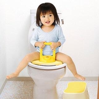 焦りは禁物!トイレトレーニングを始める時期と進め方のタイトル画像
