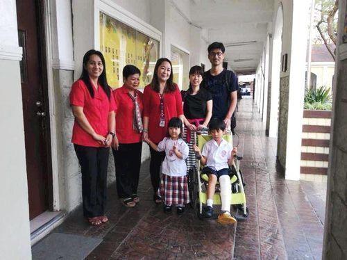 父「来週の日曜日、どこに行きたい?」 娘「フィリピン!!」〜親子留学後に家族に起きた3つの変化とは〜のタイトル画像