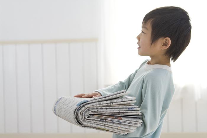 親子で思いっきり楽しめる「新聞紙遊び」3つの楽しみ方とは?の画像2