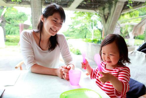 たまには外食したい!赤ちゃん連れの外食で気をつけたい3つのポイントのタイトル画像