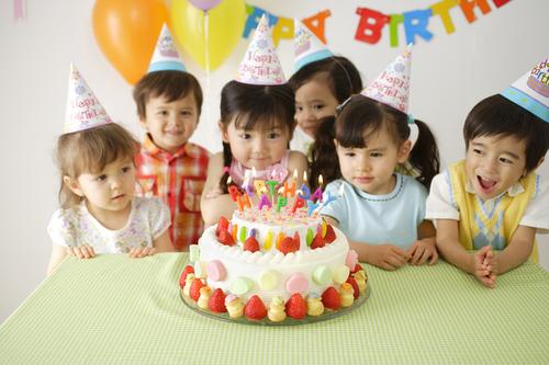 サプライズがいっぱい!オーストリアのキッズお誕生日パーティー♪思い出に残る人気パーティーは?のタイトル画像