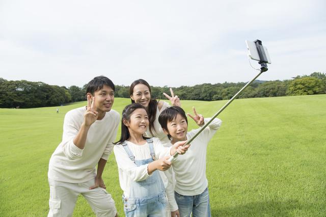 ブームの自撮り棒を、普通に買うより1,000円以上オトクにGET!気になるその方法は・・・の画像1