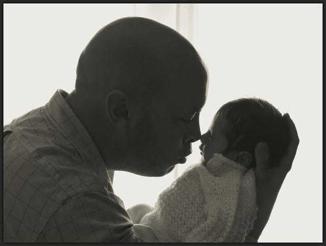 新米パパ必見!双子育児の経験で学んだ「赤ちゃんとのお風呂」が楽しくなる3つの方法の画像1