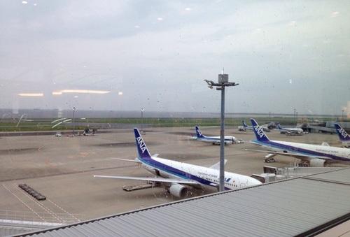 空港は最高の遊び場!子どもが楽しめる羽田空港のオススメスポット徹底紹介のタイトル画像