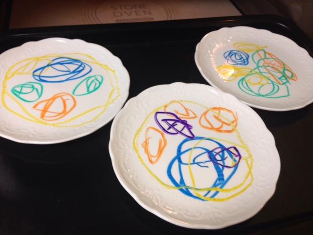 お皿がキャンパス!手描きのお皿が作れる「らくやきマーカー」が可愛すぎる!の画像4