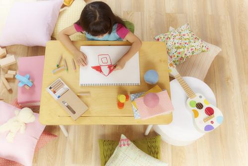 小学校への入学準備!勉強机はほんとに必要なの?のタイトル画像