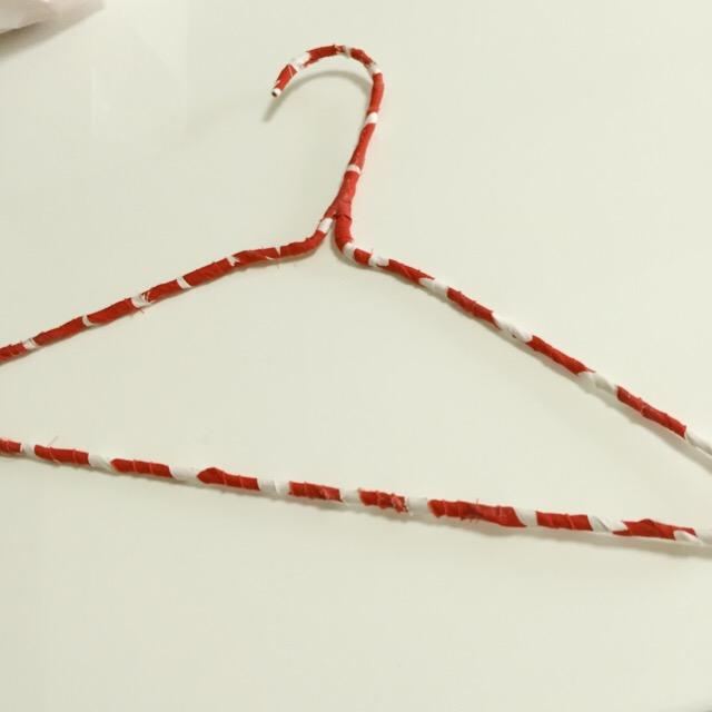 針金ハンガーをリメイクする方法!かわいい針金ハンガーで着替えをより楽しく♪の画像3
