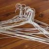 針金ハンガーをリメイクする方法!かわいい針金ハンガーで着替えをより楽しく♪のタイトル画像