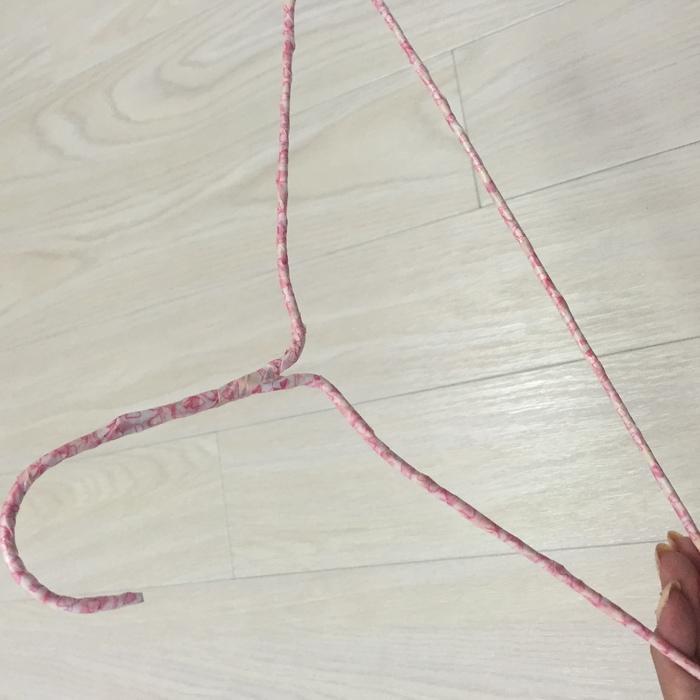 針金ハンガーをリメイクする方法!かわいい針金ハンガーで着替えをより楽しく♪の画像5