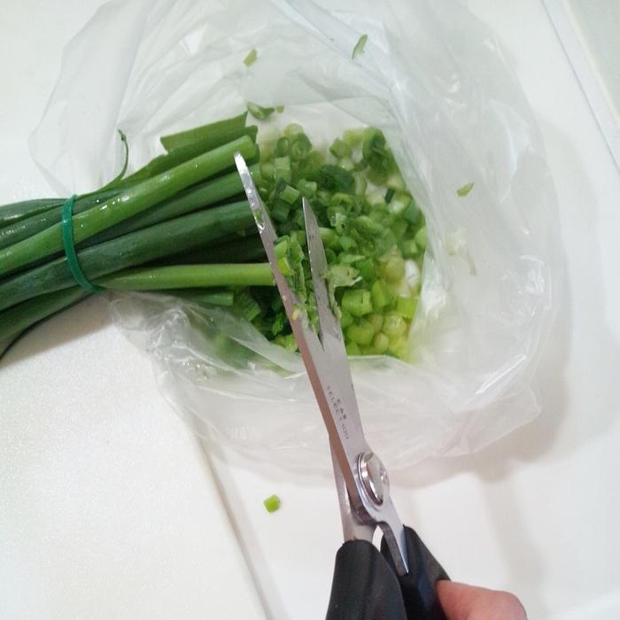 時短料理の必須アイテム「キッチンバサミ」 知っておきたい3つの便利な使い方の画像2