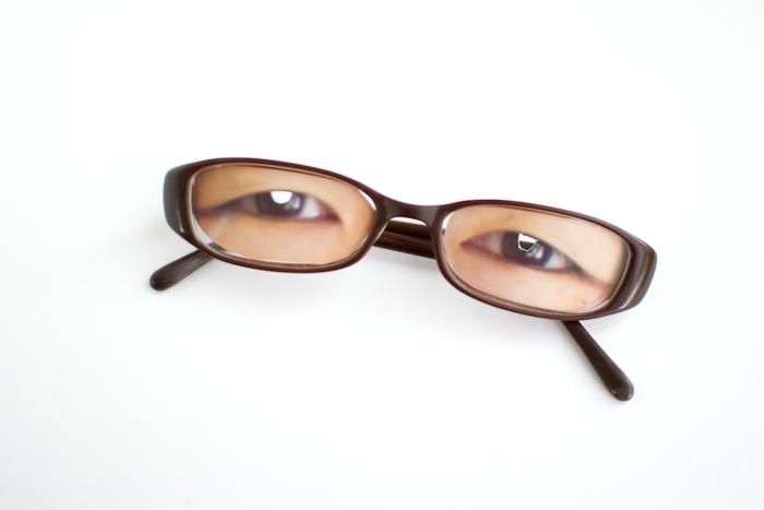 ついクスっと笑っちゃう!「ママの顔怖い」と言われない子育ての珍道具「ニコニコママ・メガネ」の画像3