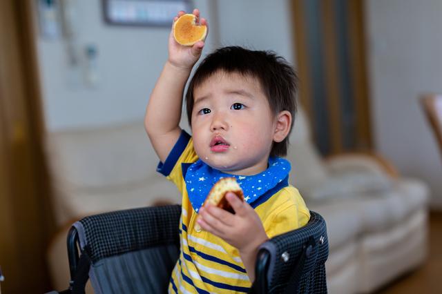 子どもの「遊び食べ」とは?いつまで続く?原因や対処法を解説の画像2