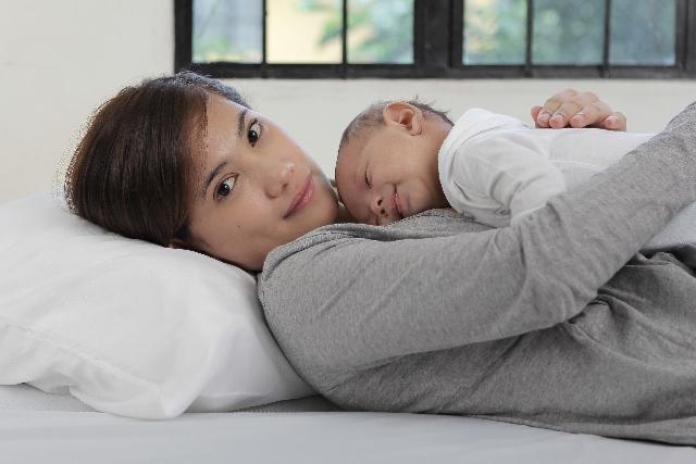 パパカンガルーで赤ちゃんとの距離を近づけよう!元NICU看護師がオススメの画像1