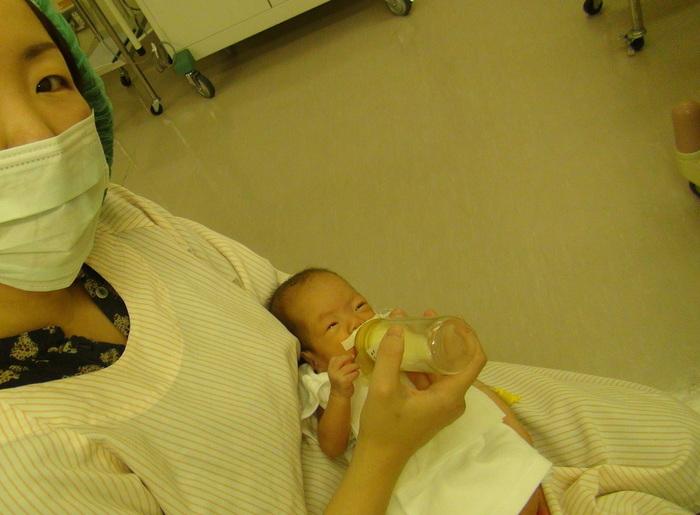 搾乳だって立派な授乳!NICUで赤ちゃんと一緒に頑張るママたちの画像3