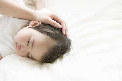 元 NICU看護師がみるコウノドリ第8話〜赤ちゃんが病気と知った時のママとパパ〜のタイトル画像