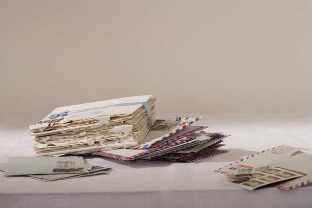 捨てられた手紙を集めた少年。その理由を知った配達員は…の画像1