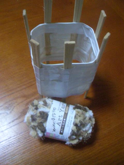 とっても簡単!ペットボトルでリリアン編みマフラーを作ろうの画像1