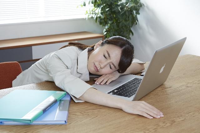 つわりで仕事を休むのはダメ?休む基準と対処法は?の画像1