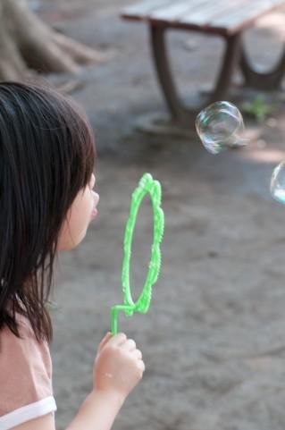 女の子の子育てって難しい!女の子ならではの特徴と育て方のコツまとめのタイトル画像