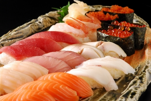 おせちに飽きたら?3位:寿司、2位:カレー、1位は…のタイトル画像