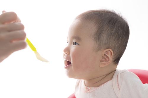 離乳食はフードプロセッサーで作るのがおすすめ!人気商品やレシピも紹介のタイトル画像