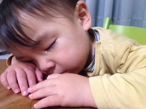子どもの手にくっきりと歯形が!お友だちにかまれて帰ってきたら、親はどう対応したらいい?のタイトル画像